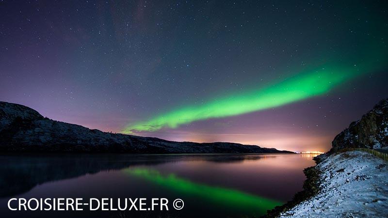 Une aurore boréale, à Kirkenes dans le nord de la Norvège