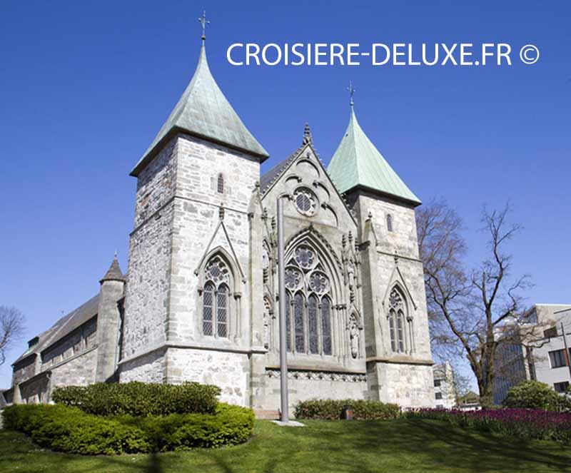 cathédrale de « l'Âge de fer » localisée à Stavanger en Norvège