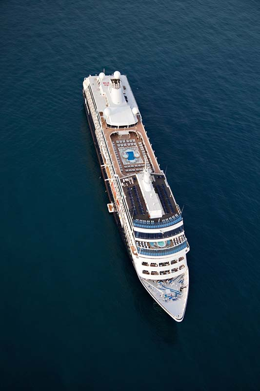 azamara quest navire de luxe de la compagnie azamara club cruises. Black Bedroom Furniture Sets. Home Design Ideas