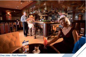 """Lounge """" Chez Jules """" à bord du Jules Verne (Pont Passerelle)"""